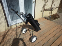 Ladies mid-size RH Golf Club Set & Two-wheeled Cart