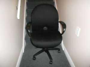 Good Quality Computer Desk Chair - REDUCED