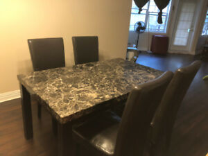 Leave soon, selling dining table