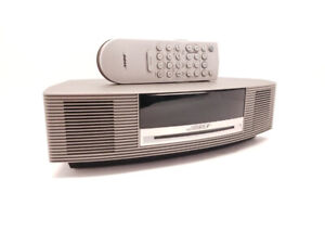 Radio Bose Wave Music Systems 3 avec manette Seulement 219.95$!