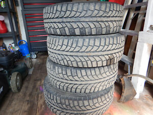 225/60/R17 Champiro Ice Winter Tires