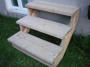 Marches escalier bois terrasse et jardin dans qu bec petites annonces cla - Escalier bois 4 marches ...