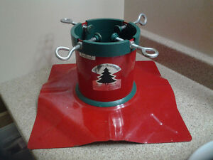 Tree Stand Excellent condition  $35.00