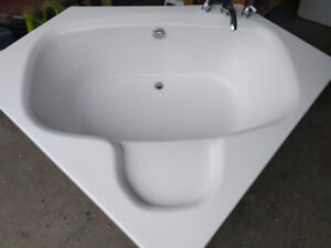 Double corner bathtub  sold
