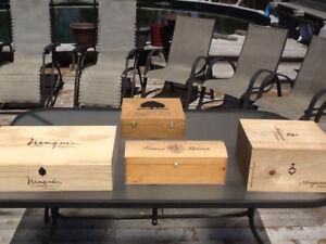 Caisses à vin en bois décoratives