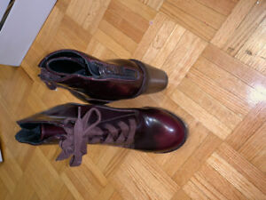 1983749b92e ALDO Burgundy wedge boots