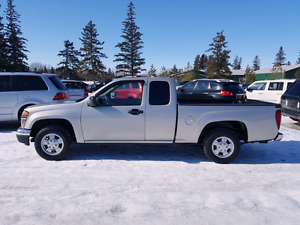 2008 GMC CANYON.  2wd. Air conditioning. 115,000 km. $6,995.