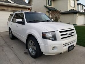 2010 Ford Expedition Limited - Fully Loaded