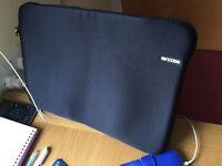 Incase Neoprene Classic Sleeve for 17inch laptop Black, almost new