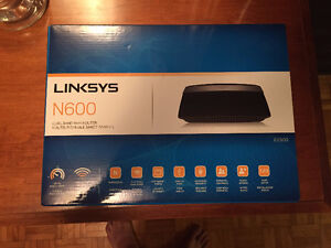 LINKSYS N600 Router