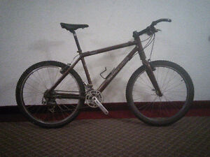 Cannondale F2000 hardtail