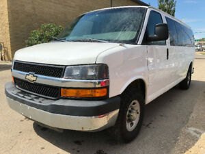 2009 CHEVROLET EXPRESS G 3500 LT 15 PASSANGER NEW LIKE TIRES !