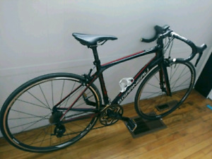 Garneau road bike - gennix e1 - like new