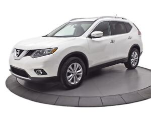 2015 Nissan Rogue SV || TOIT PANORAMIQUE || CAMERA DE RECUL || S