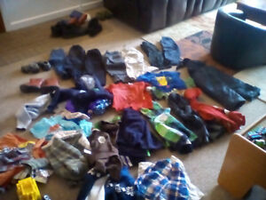 3t big bag of clothes like 18shirts 8 jeans 8spring jackets