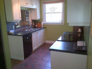Great 3 bdrm, 2.5 bathroom + Den, House, $1800 mnth, July 01
