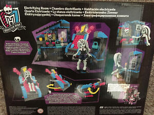 New! Monster High mega Bloks electrifying room set Kitchener / Waterloo Kitchener Area image 2