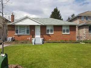 5 bedroom bungalow - Wexford-Maryvale community