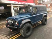 Land Rover 110 Defender 2.5 Td5 4x4 many extras recent new engine