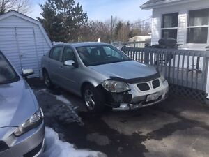 2007 Pontiac G5, needs new bumper. MVI GOOD