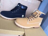 Ladies TIMBERLAND boots available!! (MOES CLOTHING)!!