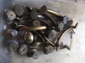 Knobs,handles,hinges