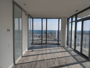 2 Bedroom condo for rent with lakeview
