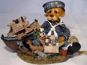 "Barkley Crossing Dog Figurine ""All Creatues Great And Paw"" London Ontario image 1"