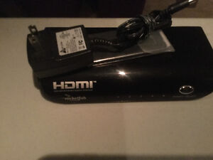 4 Port HDMI Switch (sold pending pu) Cambridge Kitchener Area image 1
