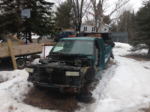 Parting out 1994 Chevy 1500 4x4