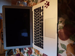 Macbook Air 13inch 128GB LATE2015 with box Stratford Kitchener Area image 2
