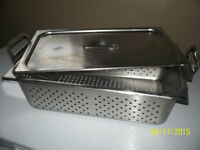 "perferated steamer pan and lid 6"" deep and long pan"