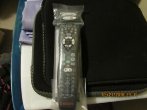 ROGERS BACKLIT UNIVERSAL REMOTE WITH BATTERIES - NEW