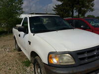 1998 Ford F-150 **LOW KM**