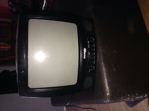 Diamond vision Tv with DVD played built in