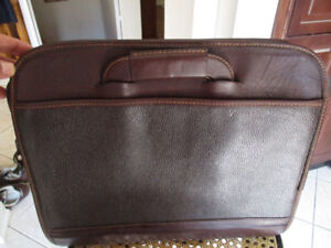 Executive  Briefcase  ( For  Laptop ,Cell phone ,I phone