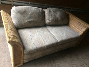 Rattan couch &  loveseat (Trail)