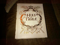 Family Bible, Gift Edition