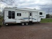 2003 Citation 305LS 5th wheel