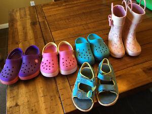 Girls size 10/11 shoes