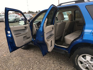 2011 Ford Escape SUV, Crossover Windsor Region Ontario image 10