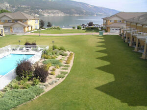 Lake Front 2 Bedroom Condo In Lake Country 10 min to UBCO