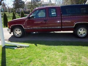 1998 GMC Sierra 1500 Red Pickup Truck