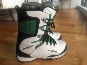 Thirty Two Lashed Snowboard Boots - size 12 men's