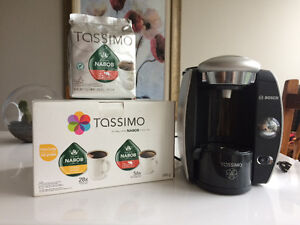 Tassimo Coffee Maker with coffee pods