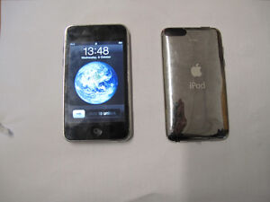 """IPOD TOUCH 2nd """"Generation 8GB"""