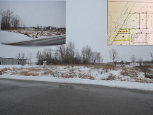COMMERCIAL LOT!  25 Commerce Road, Lindsay, ON