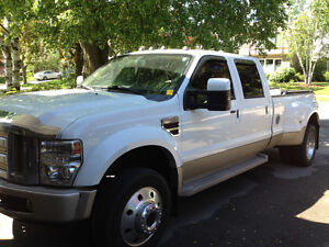 2008 Ford F-450 DRW King Ranch Pickup Truck