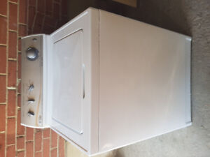 Maytag Washer Heavy Duty Super Size + DELIVERY