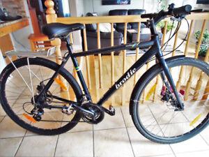 BRODIE Winter bike Aluminum frame Disk Brakes  700 x 40c